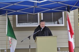 Mayor Wayne Potoroka addresses audience